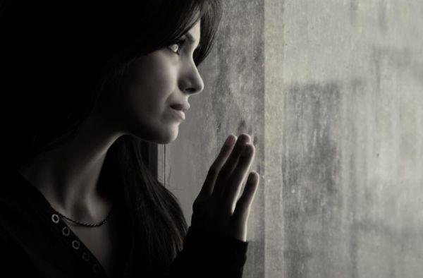 H κατάθλιψη της μητέρας μπορεί να οδηγήσει σε χαμηλό δείκτη νοημοσύνης του παιδιού | imommy.gr