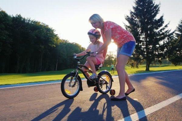 Πώς να μάθετε στο παιδί σας ποδήλατο | imommy.gr