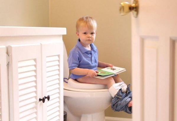Πότε και πώς αρχίζει η εκπαίδευση της τουαλέτας | imommy.gr