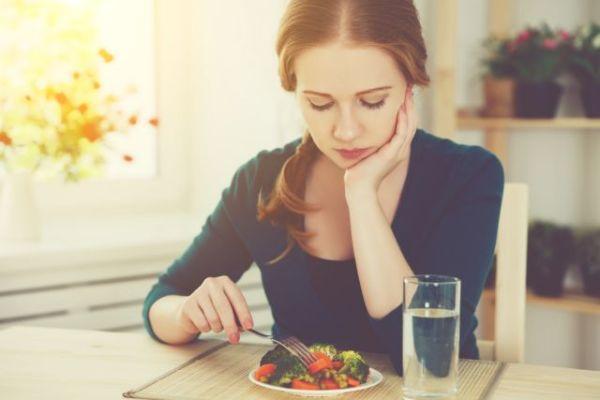 Γιατί νιώθετε χάλια όταν ξεκινάτε δίαιτα | imommy.gr