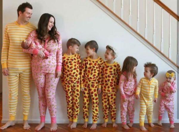 Μια πολύτεκνη οικογένεια βγάζει τα πιο όμορφα πορτρέτα | imommy.gr