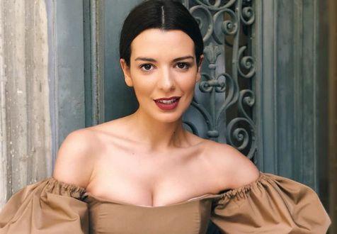 Η Νικολέττα Ράλλη φοράει το μαγιό της και κλέβει τις εντυπώσεις | imommy.gr
