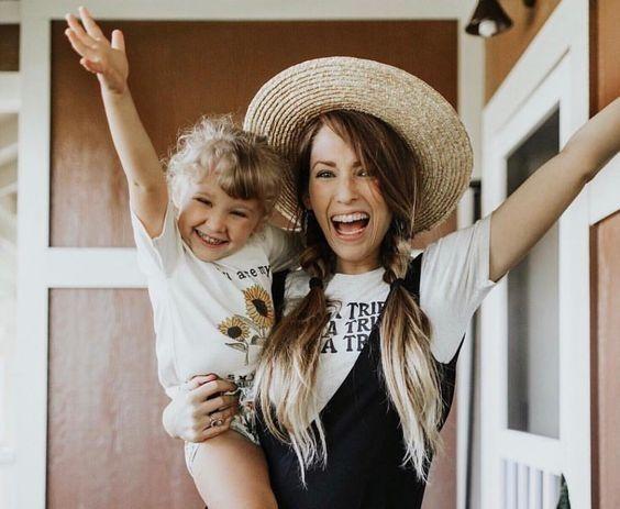 Πέντε τρόποι που η σχέση με τη μητέρα επηρεάζει την καριέρα των παιδιών | imommy.gr