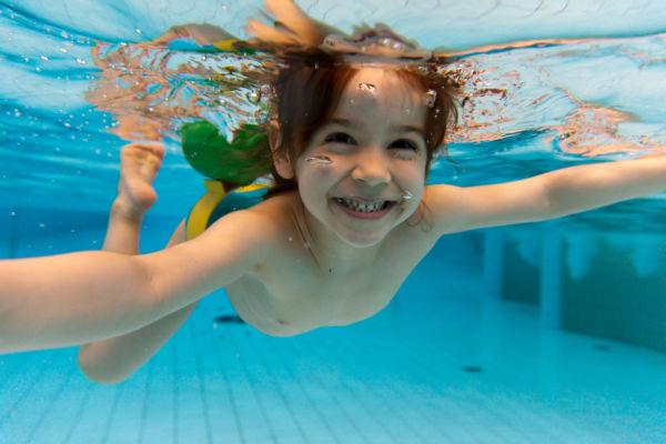 Τα ασφαλή αξεσουάρ κολύμβησης για τα παιδιά | imommy.gr