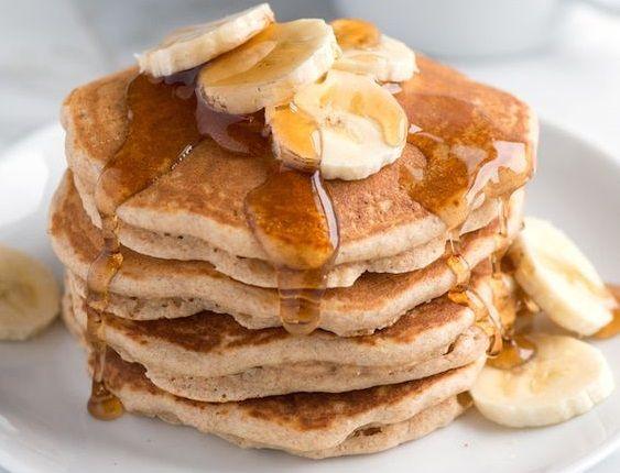 Φτιάξτε τηγανίτες μόνο με αυγά και μπανάνα | imommy.gr