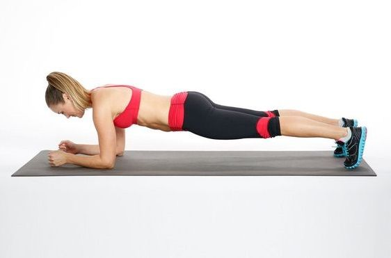 Πώς θα κάνετε σωστά την άσκηση της σανίδας | imommy.gr