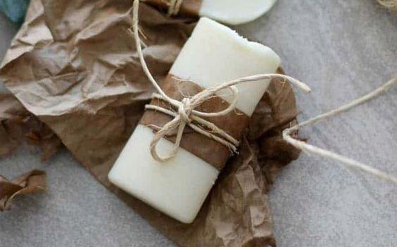 Φτιάξτε μόνη σας αποσμητικό σώματος με καρύδα και λεβάντα | imommy.gr