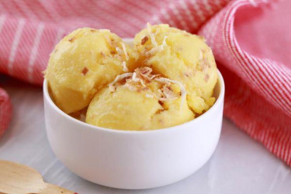 Παγωμένο γιαούρτι με γεύση ανανά-καρύδα σε πέντε λεπτά | imommy.gr