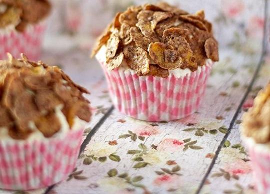 Υγιεινά cupcakes με νιφάδες δημητριακών και μέλι | imommy.gr