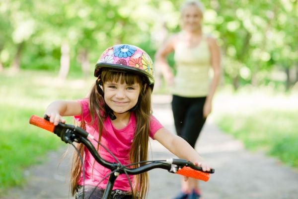 Πώς να μάθετε στο παιδί σας να κάνει ποδήλατο | imommy.gr
