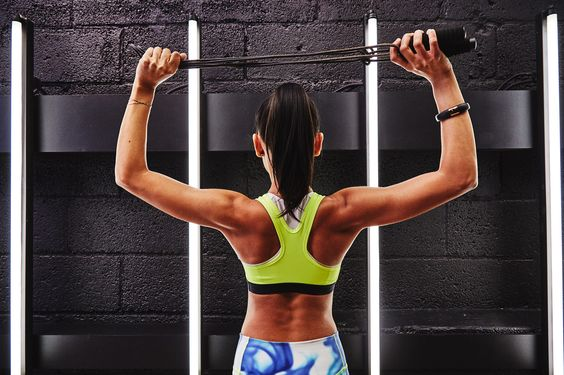 Αποκτήστε λεπτό σώμα με δέκα λεπτά σχοινάκι | imommy.gr