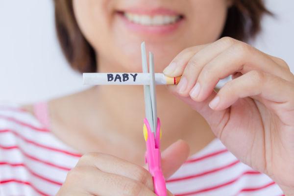 Πώς μπορώ να προστατεύσω το μωρό μου από το κάπνισμα; | imommy.gr