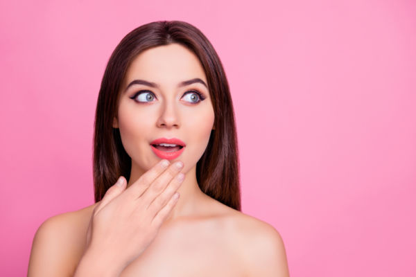 Πώς θα απαλλαγώ από το ενοχλητικό λίπος στο πιγούνι; | imommy.gr