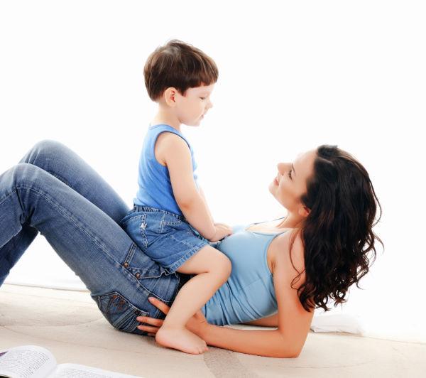 Οι κίνδυνοι του να είστε ένας γονιός που αποσπάται | imommy.gr