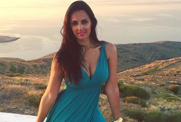 Όλγα Λαφαζάνη: Αυτό είναι το κορμί της τρεις μήνες μετά τον τοκετό | imommy.gr