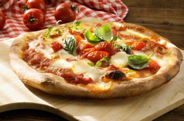 Η ελληνική εκδοχή της πίτσας | imommy.gr