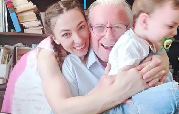 Κώστας Βουτσάς: Η οικογενειακή φωτογραφία από τα γενέθλια του γιου του | imommy.gr
