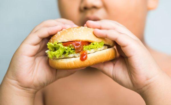 Πρέπει να ανησυχώ για το βάρος του παιδιού αν είναι δραστήριο; | imommy.gr
