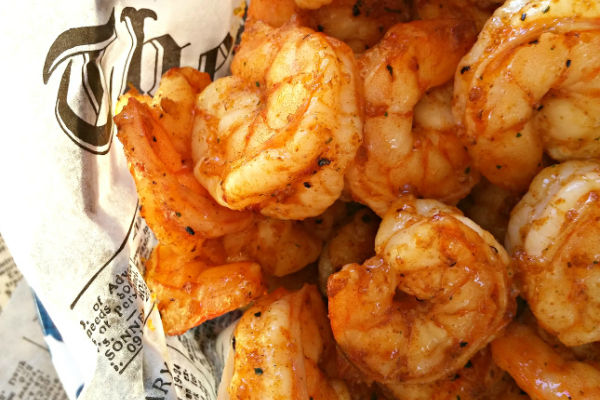 Συνταγή για πεντανόστιμες ψητές γαρίδες | imommy.gr