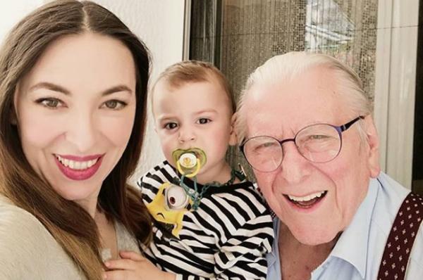 Κώστας Βουτσάς: Τα χαμόγελα με την οικογένειά του | imommy.gr