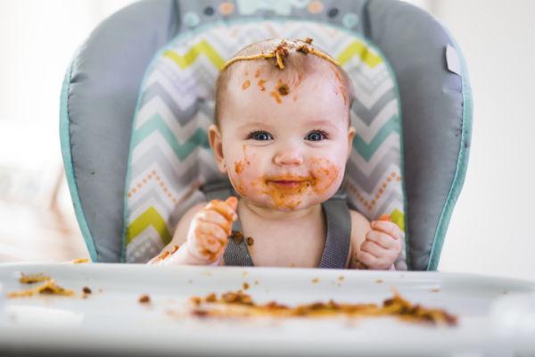 Πότε και πώς το παιδί κάνει πράγματα μόνο του | imommy.gr