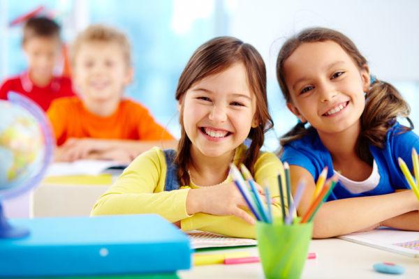 Οι πρακτικές δεξιότητες που πρέπει να έχει το παιδί πριν πάει σχολείο | imommy.gr
