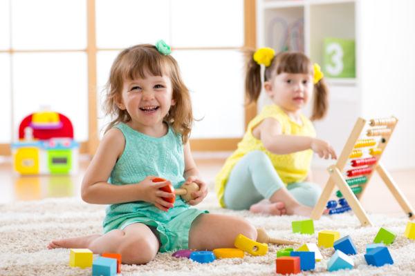 Πώς θα καταλάβετε αν το παιδί είναι έτοιμο για νηπιαγωγείο | imommy.gr