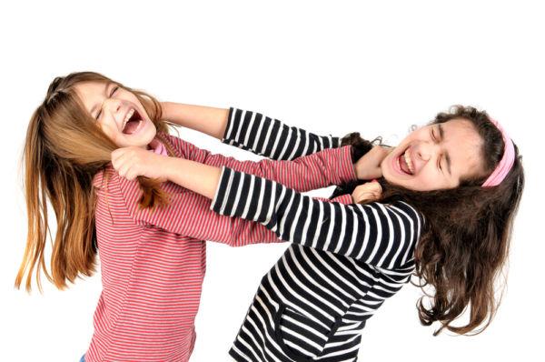Τι να κάνετε όταν το παιδί σας τραβάει τα μαλλιά | imommy.gr