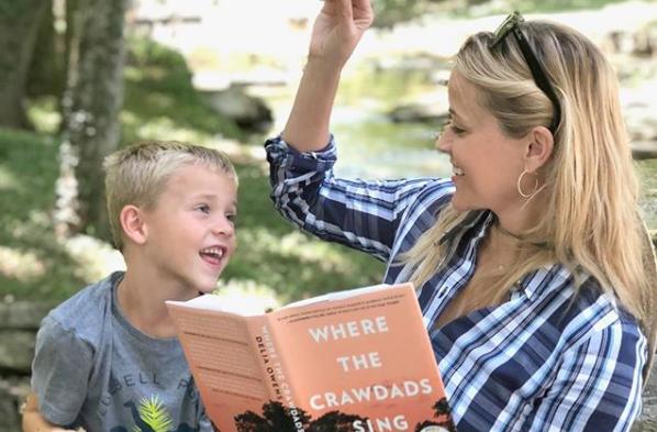 Ρις Γουίδερσπουν: Ευχήθηκε δημόσια στον γιο της για τα έκτα του γενέθλια | imommy.gr