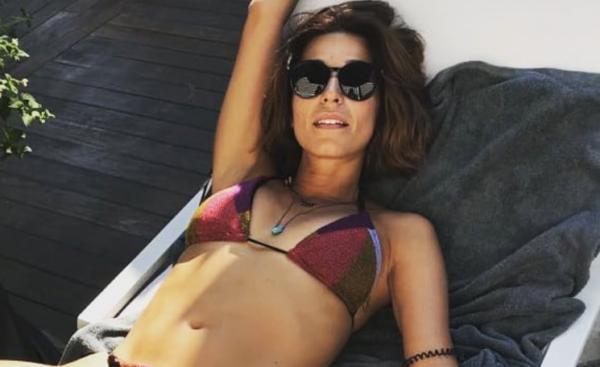 Κατερίνα Παπουτσάκη: Δείτε την πρώτη της φωτογραφία με φουσκωμένη κοιλίτσα | imommy.gr