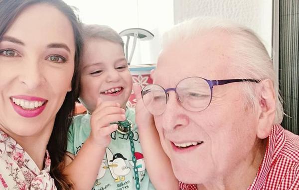 Κώστας Βουτσάς: Χαρούμενες στιγμές με την οικογένειά του | imommy.gr