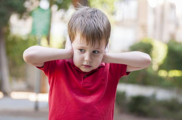 Τι να κάνω όταν το παιδί παθαίνει κρίση δημοσίως; | imommy.gr