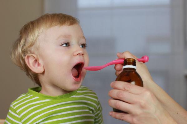 Πώς θα δώσετε φάρμακο στο παιδί | imommy.gr