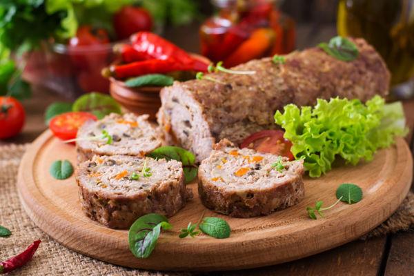 Ρολό μοσχαριού γεμιστό με λαχανικά | imommy.gr