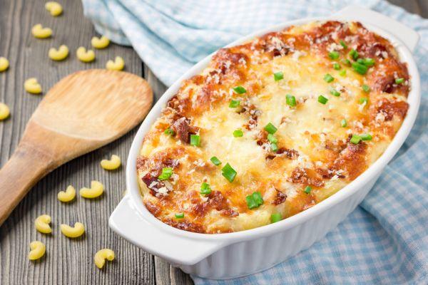 Μακαρόνια στον φούρνο με τυριά και γαλοπούλα | imommy.gr