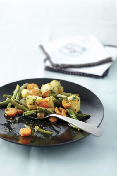 Πατάτες, φασολάκια και καρότα στο τηγάνι | imommy.gr