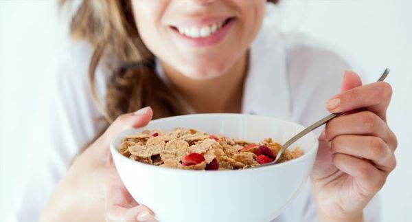 Τρεις λόγοι να τρώτε πάντα πρωινό- Ιδέες για υγιεινά πρωινά γεύματα | imommy.gr
