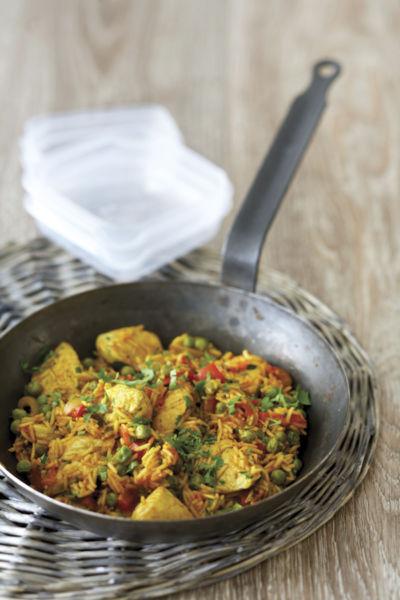 Κοτόπουλο με ρύζι και λαχανικά στο τηγάνι | imommy.gr
