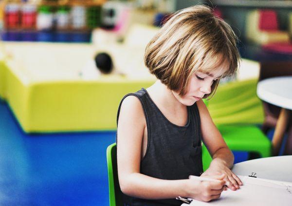 Ο τρόπος που γράφει το παιδί | imommy.gr