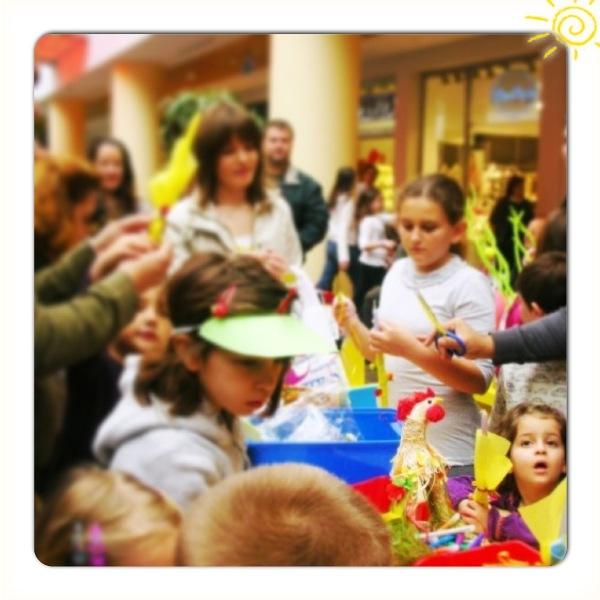 Δημιουργία πασχαλινής λαμπάδας & πασχαλινό bazaar από το «Χαμόγελο του Παιδιού» στο athensheart | imommy.gr