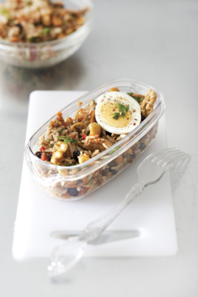 Σαλάτα με καστανό ρύζι και τόνο | imommy.gr