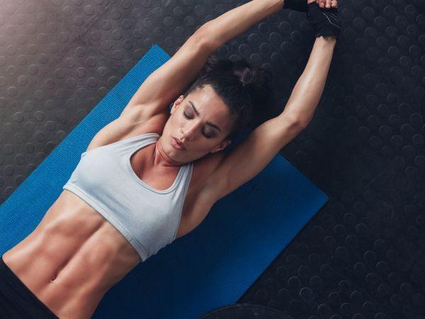 Επτά απλές ασκήσεις pilates για τους κάτω κοιλιακούς | imommy.gr