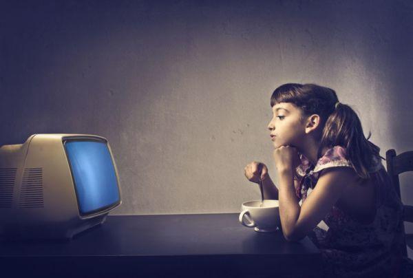 Πόσο επηρεάζονται τα παιδιά από την τηλεόραση; | imommy.gr