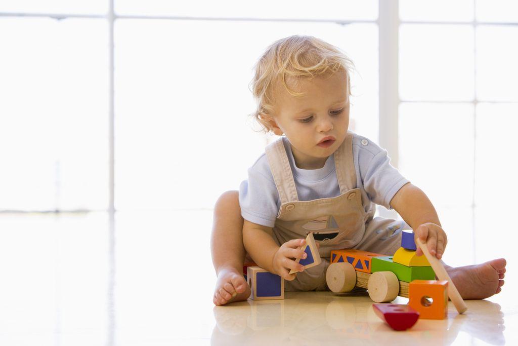 42b56fcb7a3 Μάθετε στο παιδί να παίζει μόνο του | imommy.gr