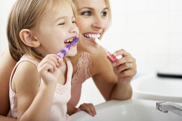 Η πρόληψη της πλάκας και τερηδόνας του παιδιού | imommy.gr