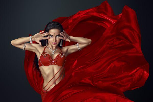 Χορός της κοιλιάς: Ο πιο διασκεδαστικός τρόπος να γυμναστείτε | imommy.gr
