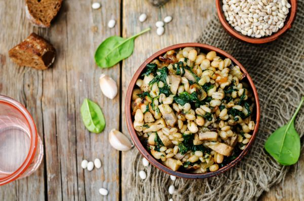 Φασόλια με σπανάκι   imommy.gr