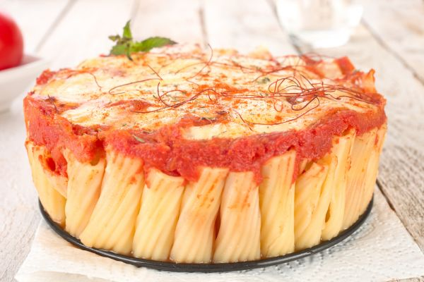 Πίτα από ριγκατόνι με ματάκια | imommy.gr