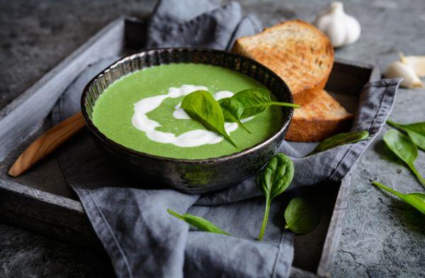 Σούπα με σπανάκι | imommy.gr