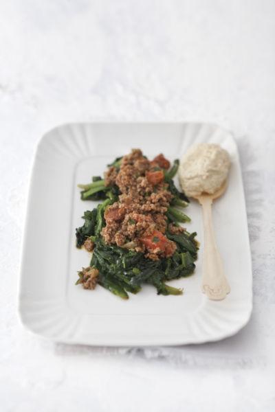 Σπανάκι με κιμά και γιαούρτι | imommy.gr